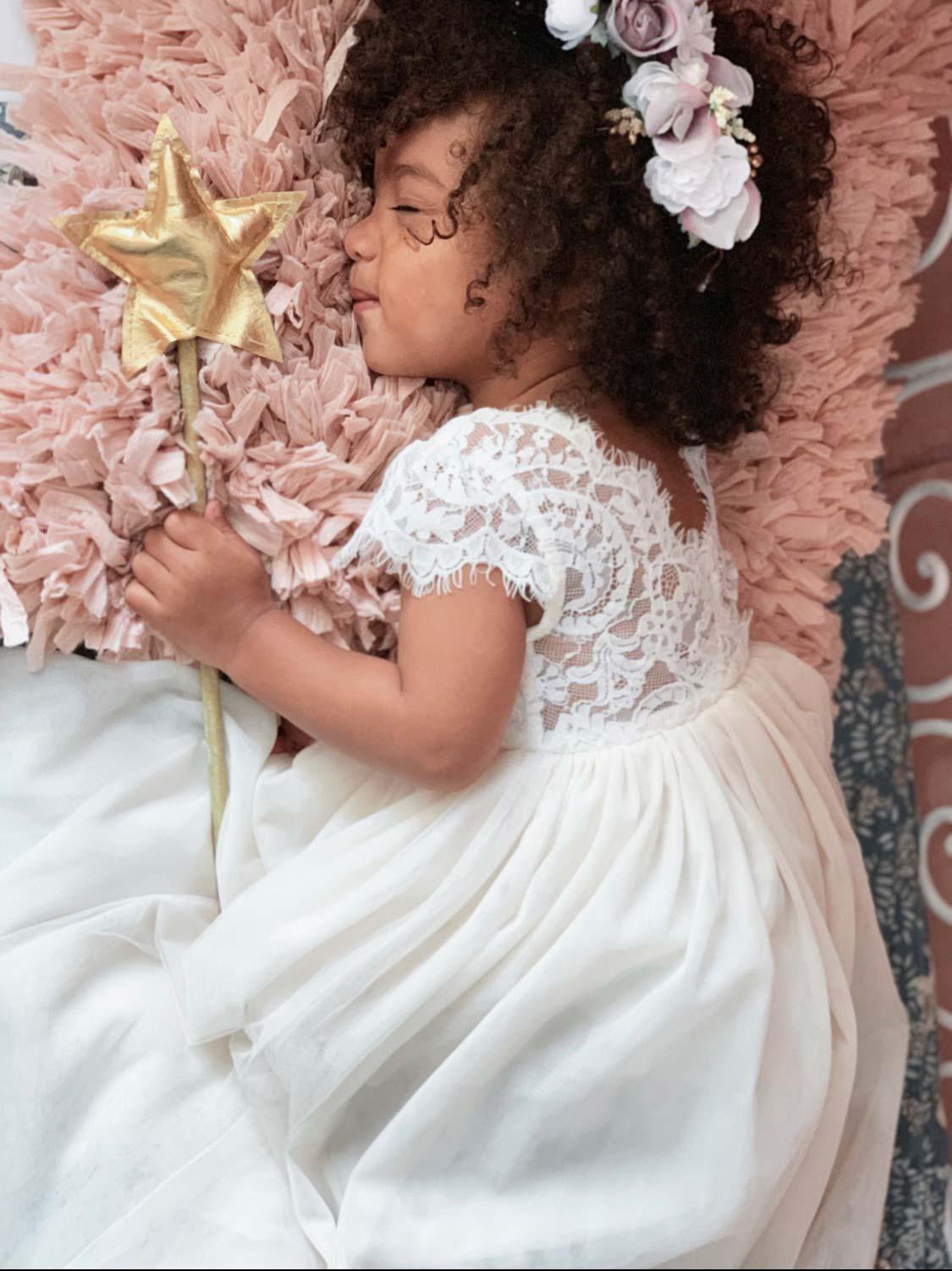 Cream Magnolia Capped Sleeve Lace Back Dress4