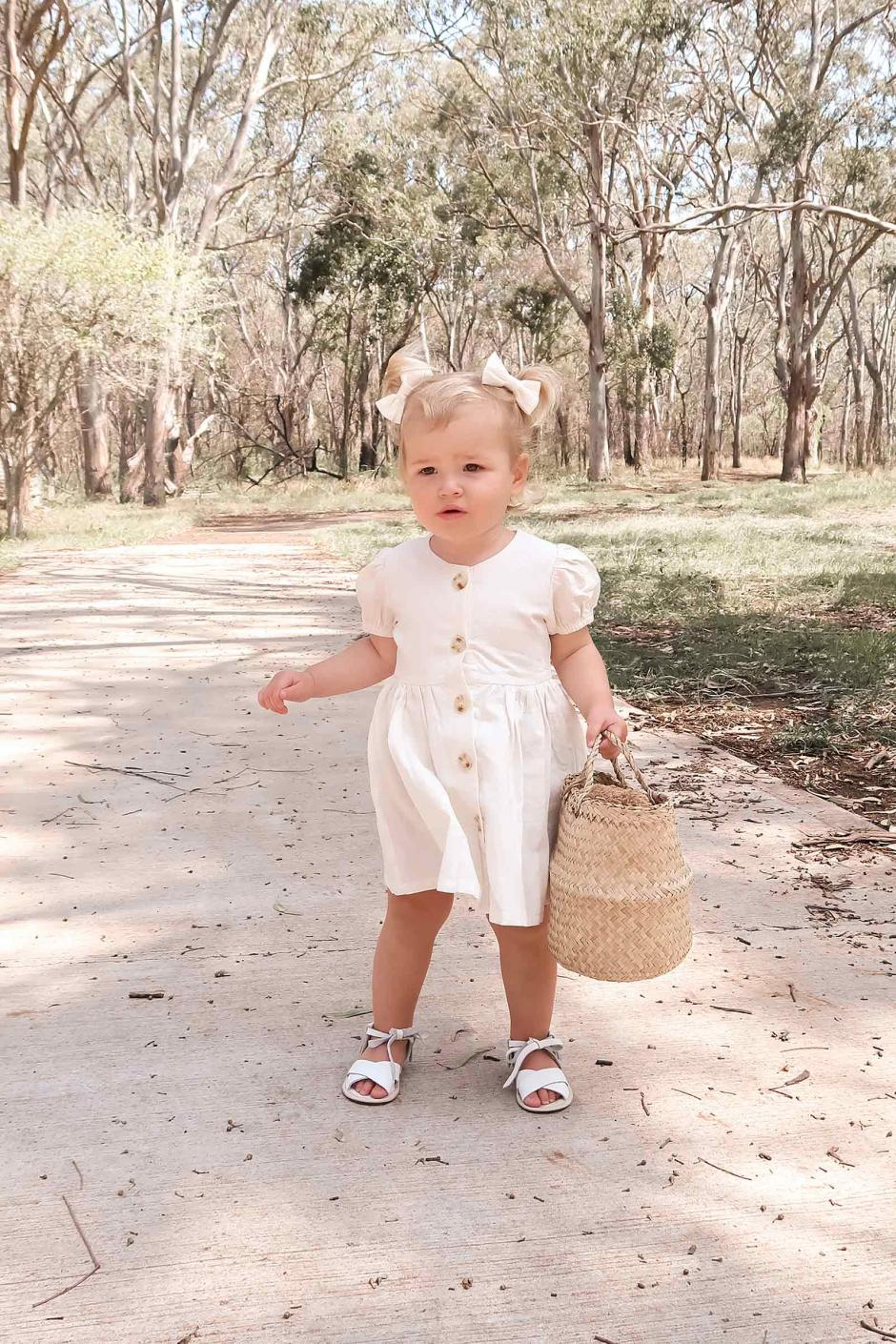 Eleanor Ivory Linen Puffed Sleeve Dress5
