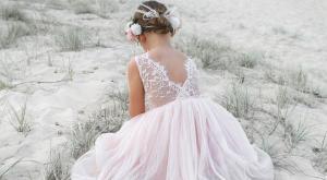 Cover Photo Peach Chloe