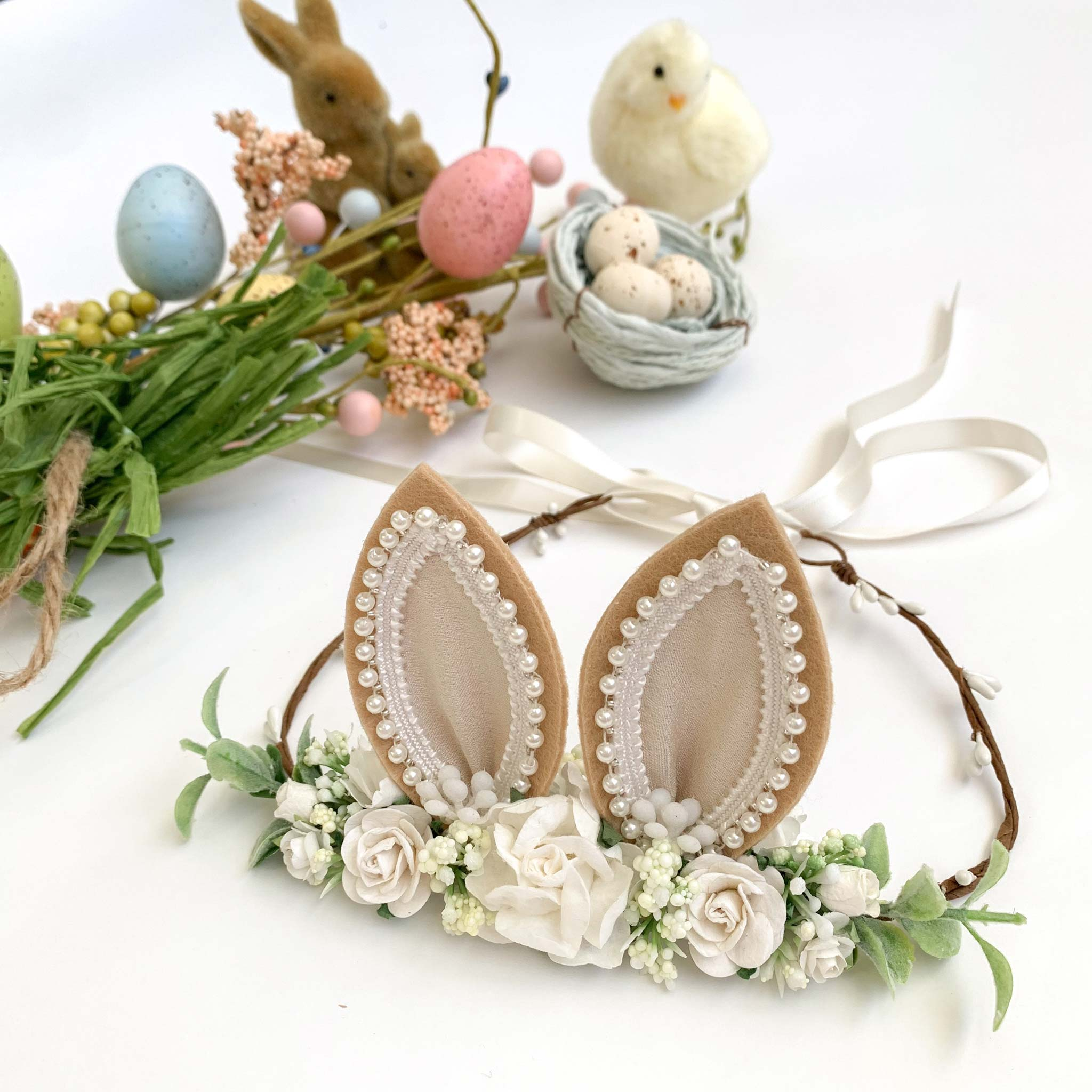 Bunnykins Ears Natural Flower Garland 1
