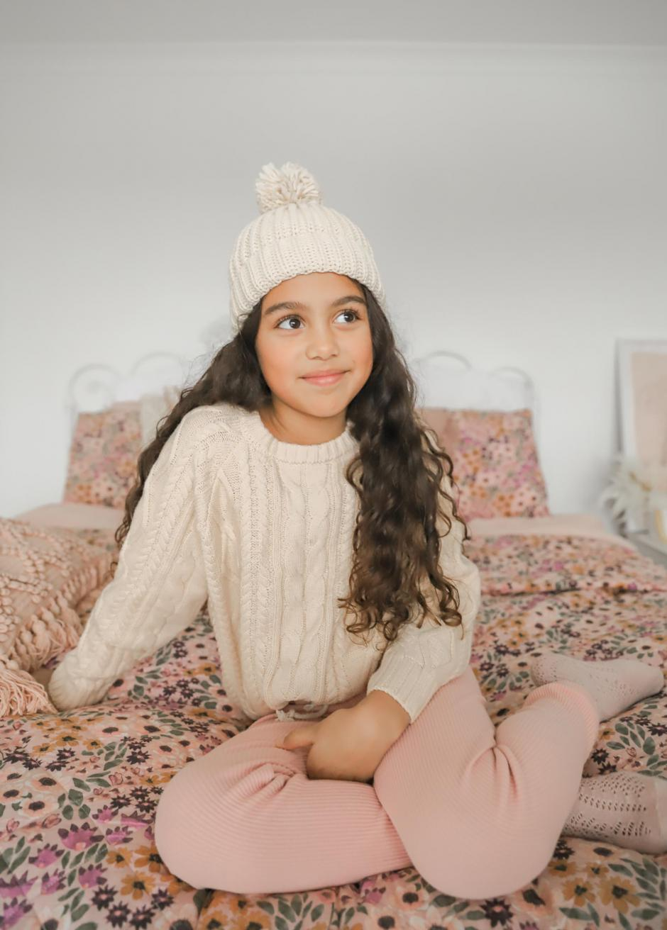Lilou Knit Jumper Natural Cosy Beanie